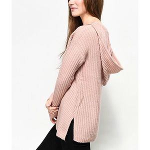 Sweaters - kyia pink hooded v neck sweater